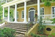 Architecture / Inspired by the architecture found in historic towns throughout the county, the homes of Habersham are designed with classical detailing and proportion that define this timeless architecture. With a mix of quality design, proportion, and indigenous materials, the homes of Habersham embrace a sense of southern elegance that can only be found in the Lowcountry.