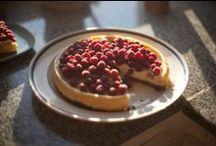Food: Cheesecake.  / by Emilie Elkins