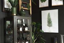 Knaada Konceptbutik / Trendsäker butik i lantlig miljö. I KNAADAs konceptbutik kan du handla första- och andrasortering av KNAADAs posters tillsammans med mycket annan svensk och dansk inredning. Alla posters går också att klicka hem från WWW.KNAADA.SE