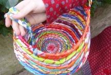 Fil, laine, feutre et tissu // Yarn, wool, felt and fabric / Le côté textile de la chose / by Le Petit Manuel