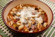 Crock pot cookin! / by Laura Sarno