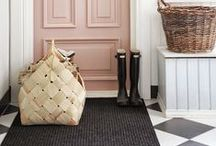 Hallways / To be sure of a grand entrance in your home, take a look at these hallways!