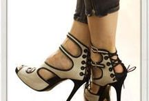 Shoes, Boots, Footwear, Etc., With Style, and Class / Unique, stylish, and just awesome shoes, for women!  ♥  https://www.bearheartbottomsetc.com/