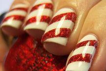 Christmas Nails / by Maria Boyd