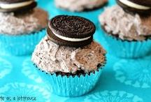 Cupcakes & muffins  / by Kirsten Hemmingsen