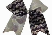 Cheer Bow Tutorials / Learn everything you need to make cheer bows!