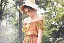 Style inspiration / Street Style with Vintage Flare