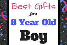 Best Gifts Boys Age 8 / This is a shopping guide of the best toys for 8 year old boys.  I'm a mommy toy blogger by trade so it's my job to put together the best list of birthday gifts and Christmas presents for eight year old boys.