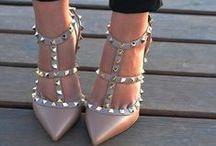 shoes / by Sara Mf-z