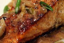 Seafood! Fish!! / by Carolyn Butta