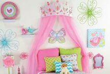 kids bedroom / by Sarah Ibarra