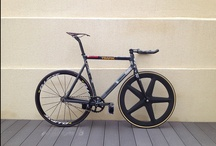 Awesome bikes / A collection of bicykles that are truely awesome