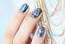 Nails / by Chuli Snaki
