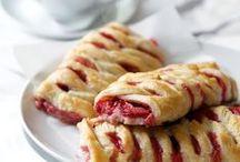 Food - Breads Rolls Buns Brioches Viennoiseries & Pastries / by Lise Garnier