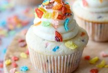 Cupcake Recipes / by Christi Russell