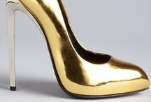 All glitterings, isn't Gold