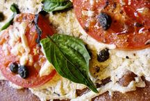 Vegan Pizza. / by Elise Hollandsworth Hartmann