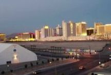 Downtown Las Vegas Videos / Get a first-hand look. Videos all about downtown Las Vegas!