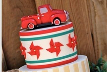Decorated Cakes and cupcakes / by Lisa Taylor