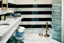 Bathrooms / by C o n n i