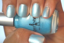 Bombshell Blue Lacquer / by Ariana Pierce
