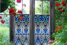 Doors in the Garden / Oh, how we long for the day when life will calm down enough to allow time for us to cultivate a beautiful backyard garden.  Until that time, we'll just have to use this board to collect our garden dreams.
