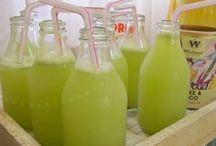 Está com sede? / Receitas de bebidas publicadas no blog Manga com Pimenta, ótimo para lanche ou café da manhã.