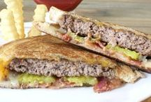 Lunch Recipes / Recipes that are perfect for lunch.  Lunch ideas and tips for brown bagging it for school and work.