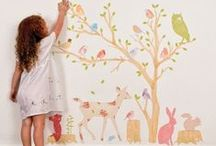 THEMES | NATURE / The perfect lighting, art, bedding and room decor for the little one in your life who loves the outdoors!