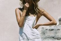 BOHEMIAN BEAUTIES / Bohemian Beauties // Boho Fashion and Style // Chic Gypsy Souls and Hippies