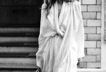 KIMONOS / Kimonos and robes.