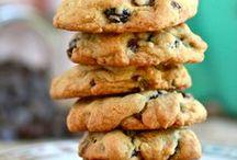 Dessert: Cookies / by Katie Marie