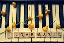 Music is my escape / by Maria Cayetano