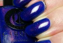 Midsummer Night / A cobalt blue jelly with multi-dimensional shimmer