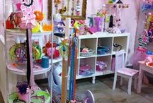 Bubbles & Company / Fabulous hair bow holders, hand painted furniture and decorative items for children.