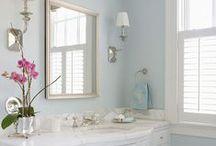Bathrooms / by Keri Girvin