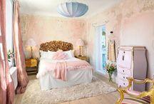 sweet dreams,bedrooms / by Tammy Barrett