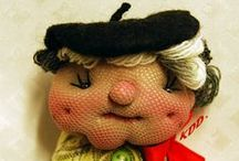 Muñecas de trapo / Mis muñecas Tilda, muñecas rusas, broches KDD·, retacería...