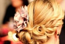 Hairstyles / by Marianna Cardona