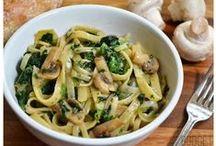 Food/Recipes / by Erica Walker
