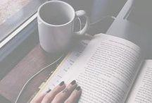 um café e um livro