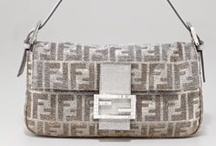 Beautiful bags / by Jacquie Lindsay