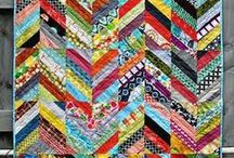 Quilt Layouts, Patterns, and Designs / Different quilt layout, design, and pattern ideas.  Many are free! / by Bobbie A Vision to Remember