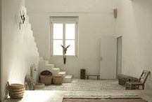 Decorating with White / Decorating with white. / by Planet Weidknecht