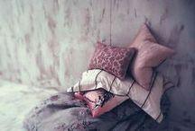 pretty pillows / None
