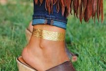 ShimmerTatts Metallic Tattoos, Metallic Temporary Tattoos, Jewelry / BEST Metallic Tattoos: Add some sparkle to any outfit with ShimmerTatts metallic jewelry tattoos. Sadly, they are only temporary but with so many cool options just apply another one and flash  'em your tatts!