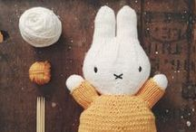 little knits / patterns and knitspiration for the little one (with a little crochet thrown in for good measure)