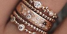 Rings / Beautiful sparkly rings