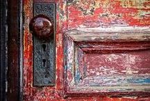 Unhinged / doors, door handles, gates, door knockers and door knobs