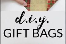 gift wrapping ideas / Need some ideas on gift wrapping? How to make gift bags, gift boxes, decorating your packaging,  diy gift bags, gift wrapping ideas